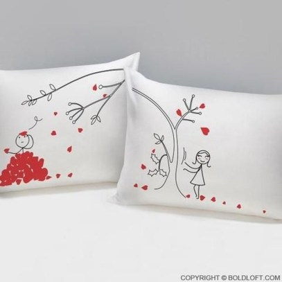 Cute Valentine Bedroom Decor Ideas For Couples07