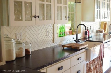 Fascinating Kitchen Backsplash Decoration Ideas For Your Kitchen01