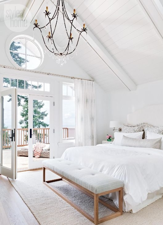 Affordable Lake House Bedroom Decorating Ideas40