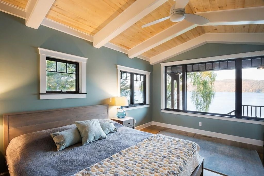 Affordable Lake House Bedroom Decorating Ideas43