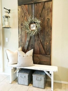Awesome Rustic Mudroom Bench Decorating Ideas On A Budget13