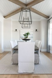 Captivating Farmhouse Dining Room Table Decorating Ideas22