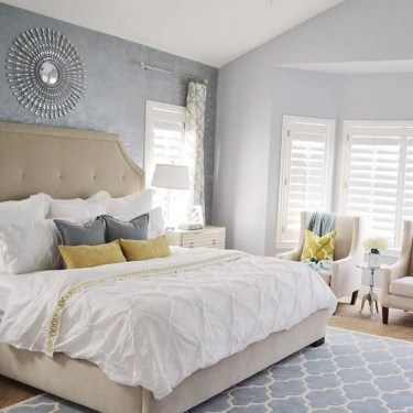 Comfy Urban Farmhouse Master Bedroom Design Ideas22