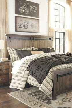 Comfy Urban Farmhouse Master Bedroom Design Ideas23