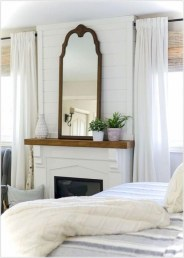 Comfy Urban Farmhouse Master Bedroom Design Ideas29