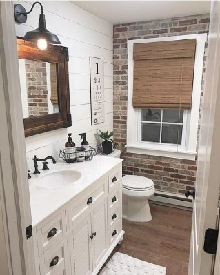 Cute Farmhouse Bathroom Remodel Ideas On A Budget17