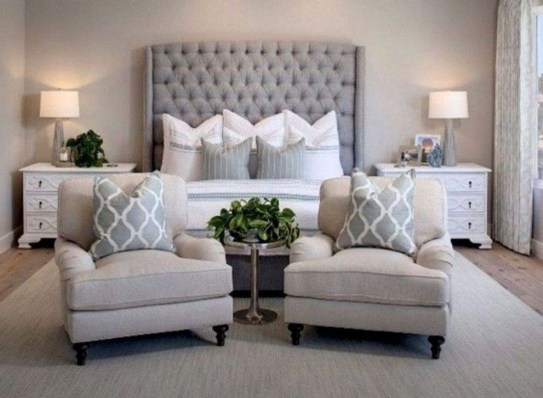 Inspiring Farmhouse Style Master Bedroom Decoration Ideas20