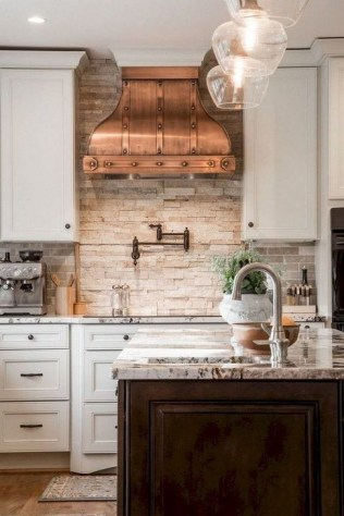 Latest French Country Kitchen Design Ideas43