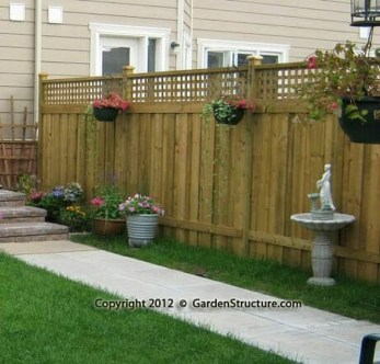 Stylish Wooden Privacy Fence Patio Backyard Landscaping Ideas16