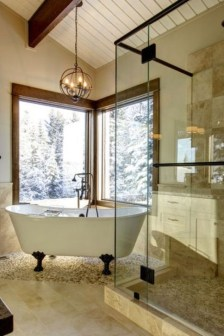 Cool Bathrooms Ideas With Clawfoot Tubs38