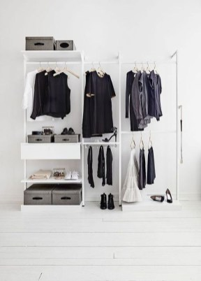 Impressive Walk In Closet Organization Ideas09