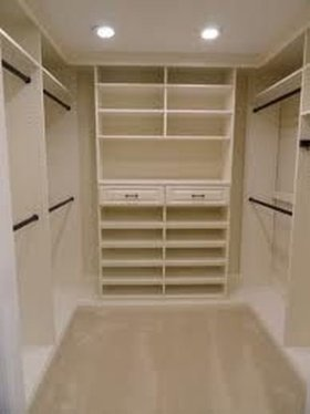 Impressive Walk In Closet Organization Ideas16