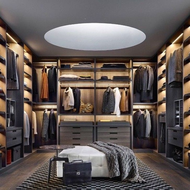 Impressive Walk In Closet Organization Ideas33