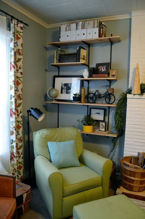 Inexpensive Diy Pipe Shelves Ideas On A Budget33