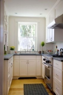 Magnficient Small Kitchens Ideas With Dark Cabinets16