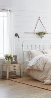 Awesome Bedroom Decor Ideas With Farmhouse Style 08