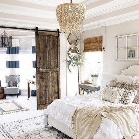Awesome Bedroom Decor Ideas With Farmhouse Style 34
