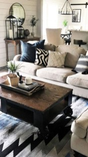 Gorgeous Farmhouse Living Room Design Ideas 16