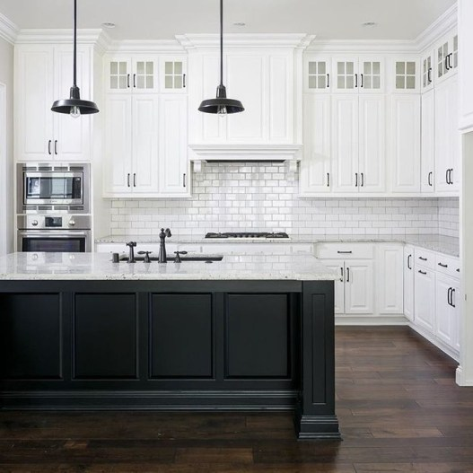 Lovely White Backsplash Design And Decor Ideas For Kitchen 37