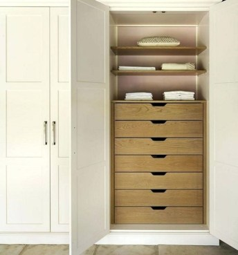 Enchanting Bedroom Storage Ideas 33