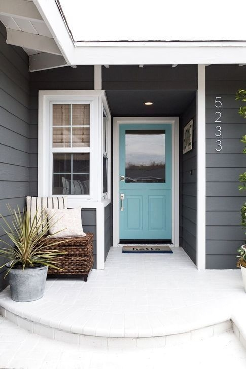 Outstanding Colorful Door Ideas For House 08
