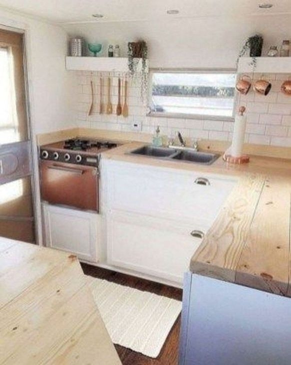 Splendid Rv Camper Remodel Ideas 36