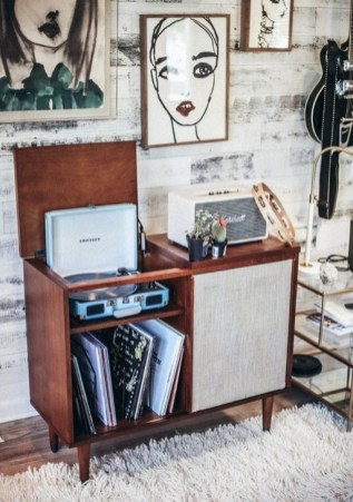 Affordable Retro Décor Ideas That Trending Now 40