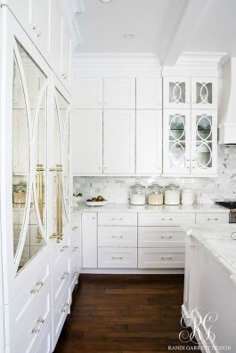 Awesome White And Clear Kitchen Design Ideas 21