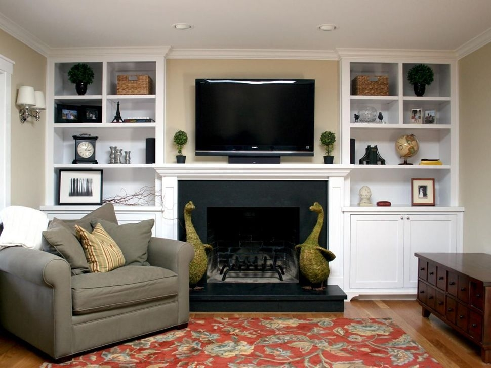 Comfy Living Room Decoration Ideas With Fireplace 29