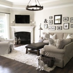 Comfy Living Room Decoration Ideas With Fireplace 32