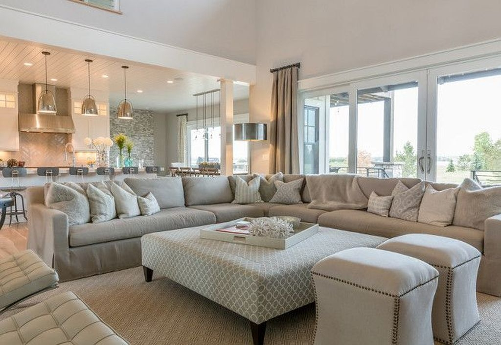 Fancy Family Room Design Ideas That Make You Cozy 04