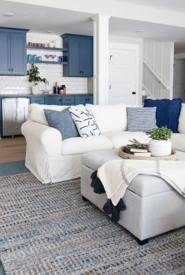 Fancy Family Room Design Ideas That Make You Cozy 33