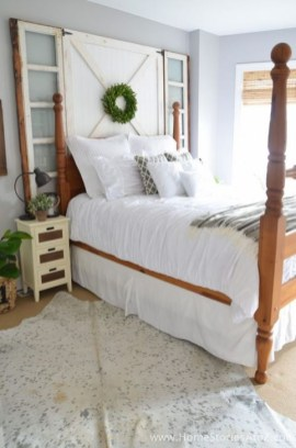 Newest Bedroom Furniture Ideas To Get The Farmhouse Vibe 35