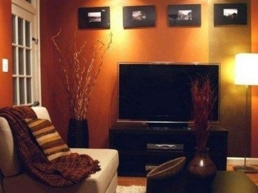 Relaxing Living Room Design Ideas With Orange Color Themes 38