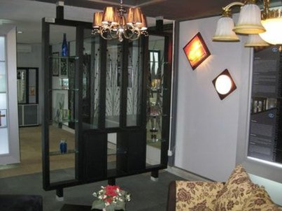 Catchy Glass Window Design Ideas For Home 10