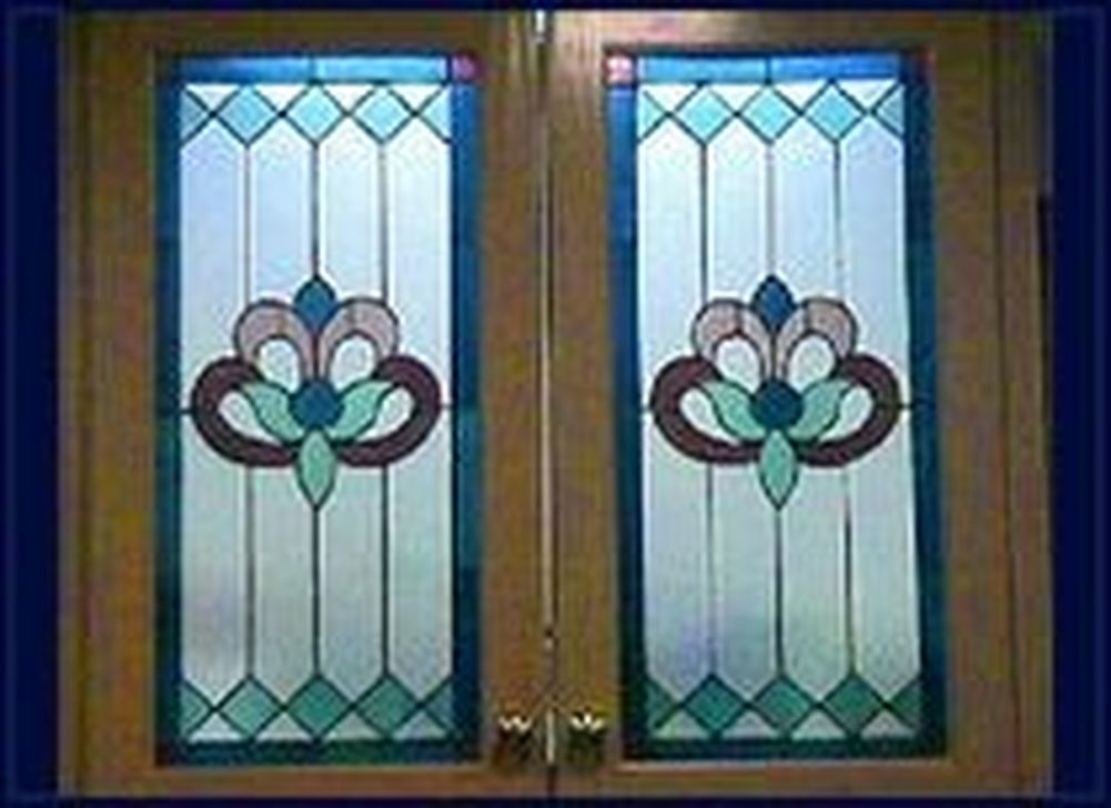 Catchy Glass Window Design Ideas For Home 21