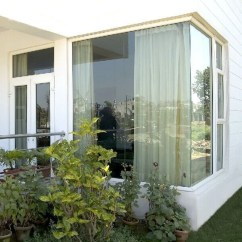 Catchy Glass Window Design Ideas For Home 25