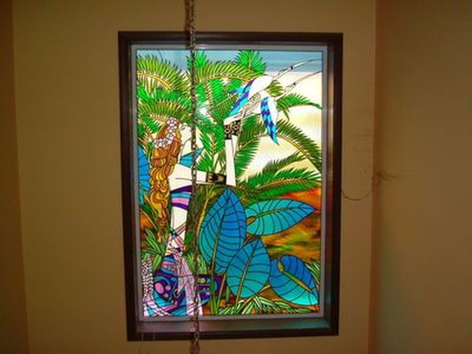Catchy Glass Window Design Ideas For Home 46