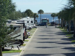Classy Rv Camping Design Ideas For Summer Vacation 06
