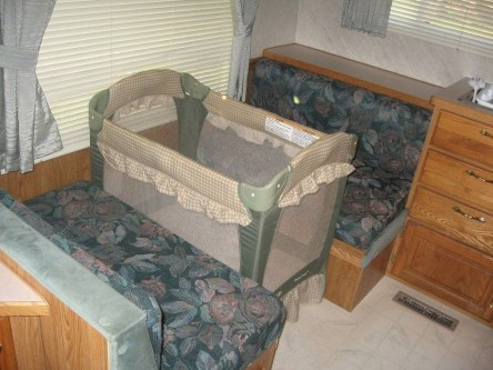 Classy Rv Camping Design Ideas For Summer Vacation 19