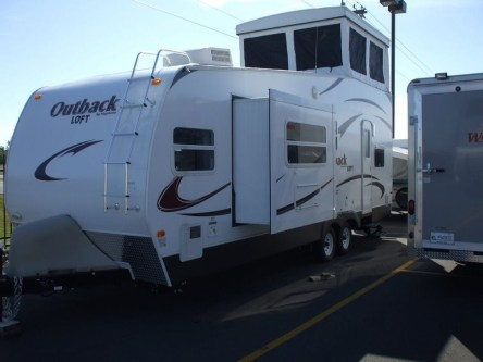 Classy Rv Camping Design Ideas For Summer Vacation 20