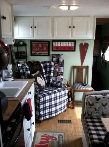 Classy Rv Camping Design Ideas For Summer Vacation 24