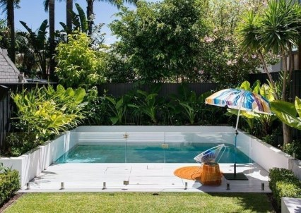 Comfy Backyard Designs Ideas With Swimming Pool Looks Cool 10