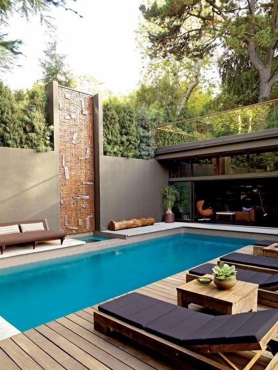 Comfy Backyard Designs Ideas With Swimming Pool Looks Cool 21