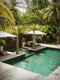 Comfy Backyard Designs Ideas With Swimming Pool Looks Cool 36