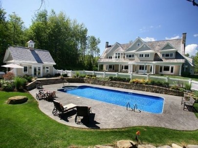Comfy Backyard Designs Ideas With Swimming Pool Looks Cool 43