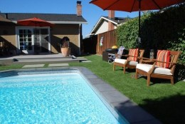 Creative Swimming Pools Design Ideas For Your Yard 05