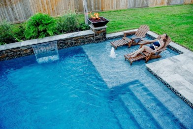 Creative Swimming Pools Design Ideas For Your Yard 27