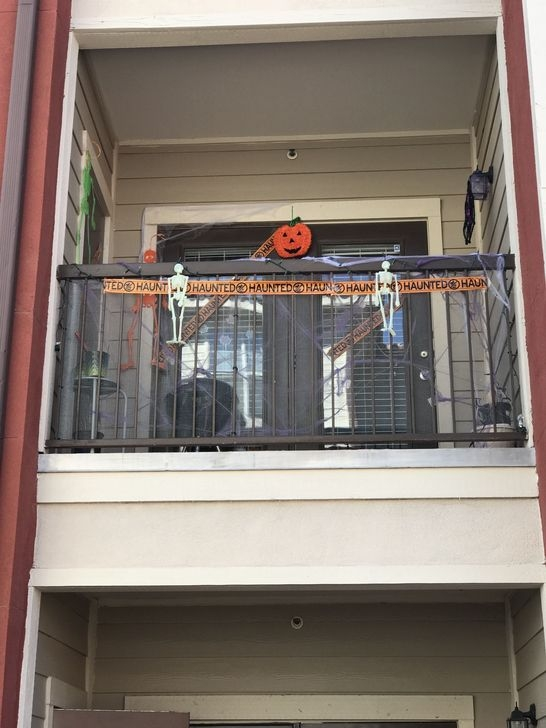 Extraordinary Diy Halloween Decorating Ideas For Apartment 25