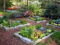 Gorgeous Landscaping Design Ideas For Beginners 25